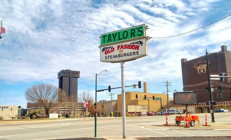 Taylors Sign