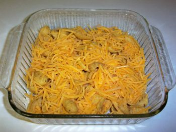 Frito_pie_chips_cheese_1