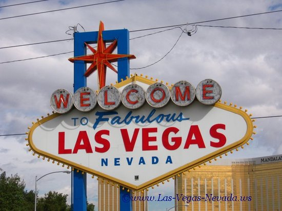 Welcometolasvegassign781